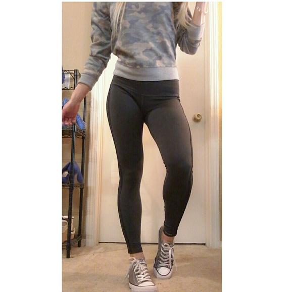 leggings in public